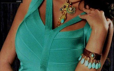 The Colors Of The Stones And Your Dress Are Not Necessary To Match All The Time…